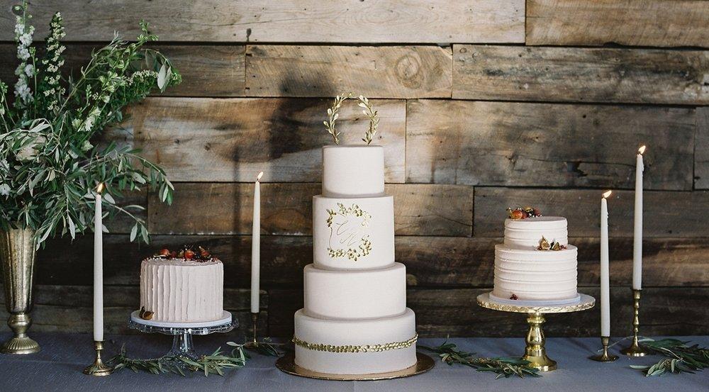 Romantic Cake Display