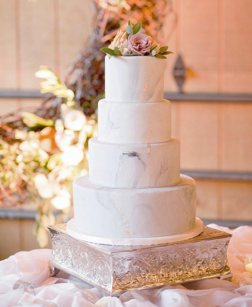 Classic marble wedding cake