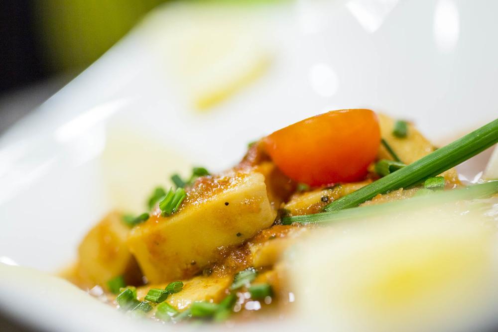 Nage de Saint-Jacques aux petits légumes