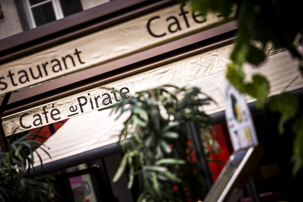 La terrasse du Café le Pirate à Granville