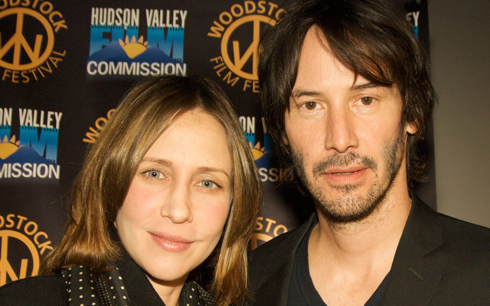 2010_Vera_Farmiga_&_Keanu_Reeves_Edited.jpg