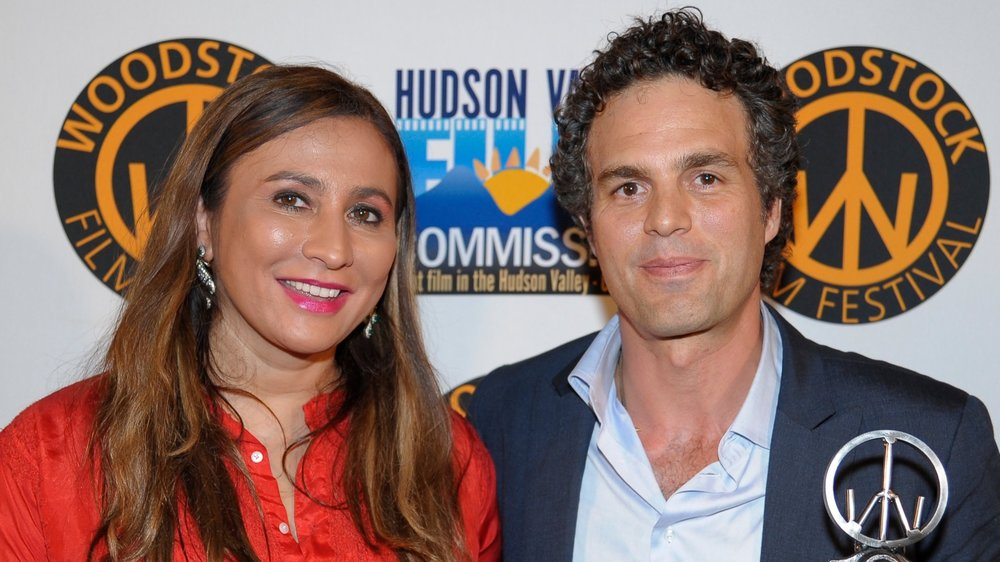Meera Gandhi with Mark Ruffalo recipient of the Meer Gandhi Giving Back Award at the 2011 Woodstock Film Festival.