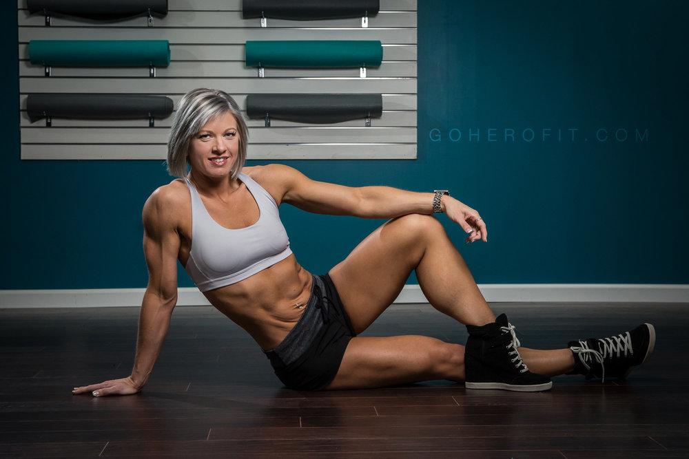 HF Stephanie K - Corner Gym-0007.jpg