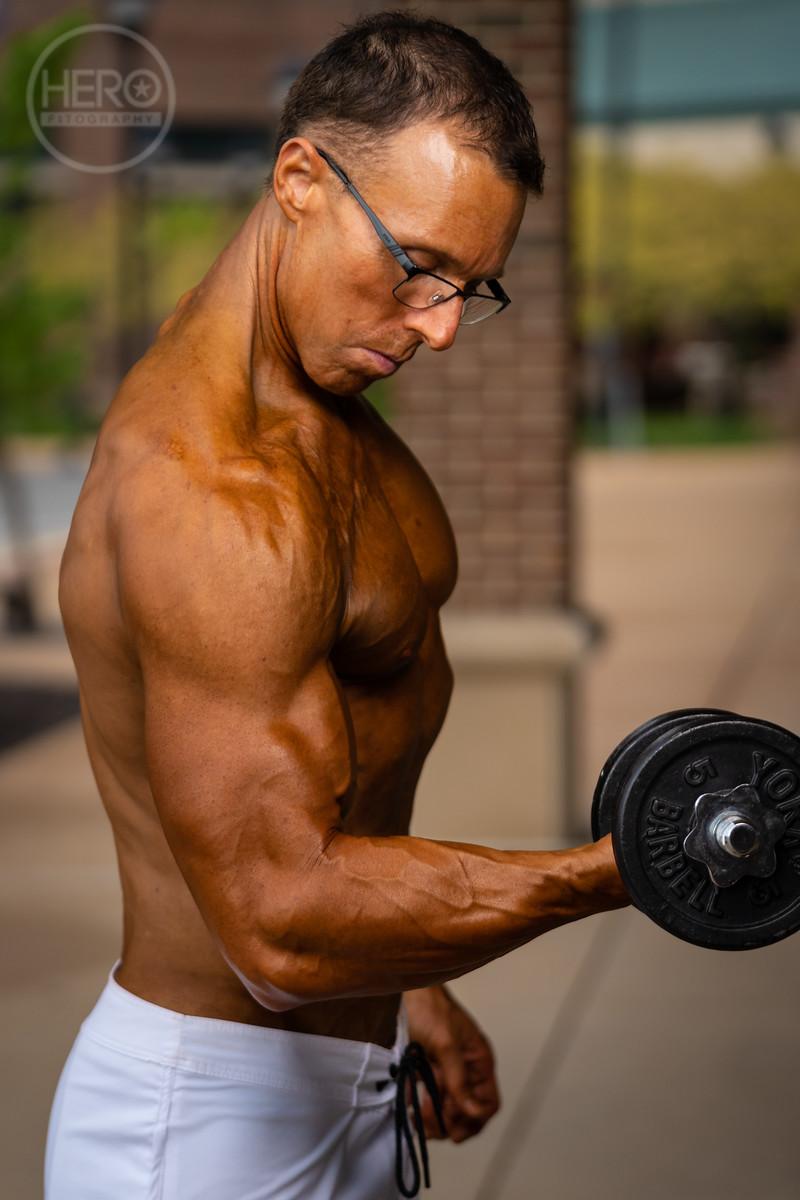 Alan W Pink Muscle 2018 -01341.jpg