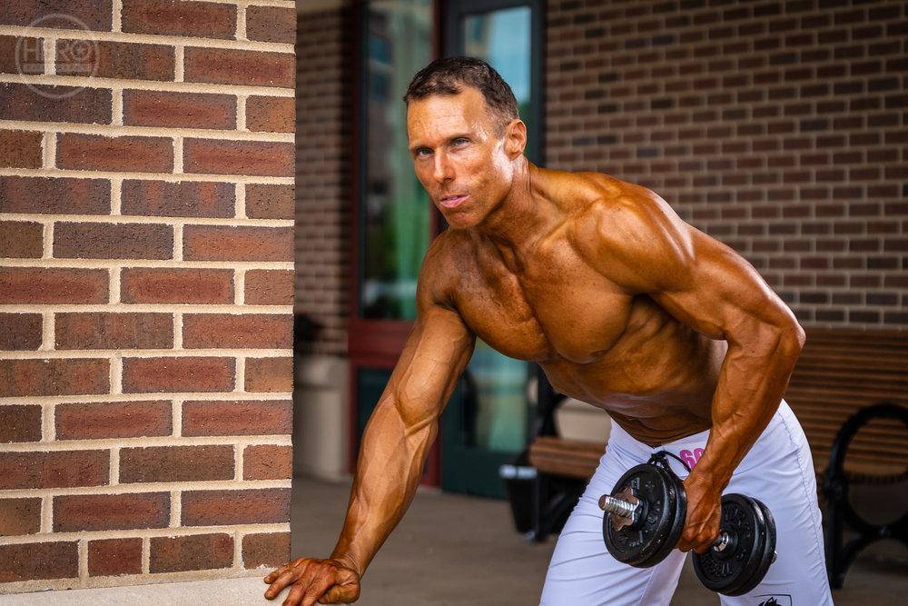 Alan W Pink Muscle 2018 -01357.jpg