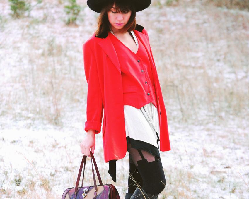 red+jkt+red+vest_08_850.jpg