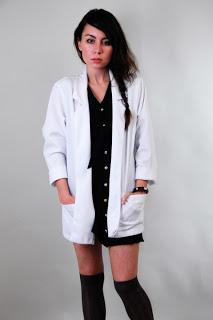 white+blazer_1.jpg