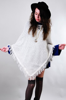 cream+crochet_0poncho.jpg