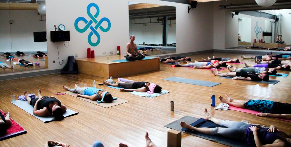 Vet Day Yoga-23.jpg
