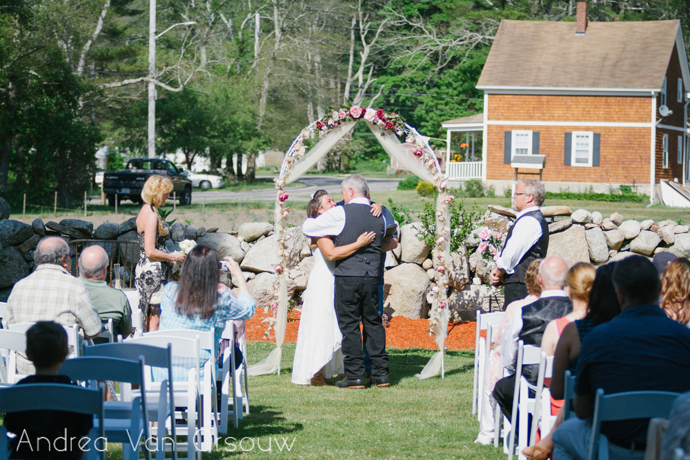 first_kiss_wedding_ceremony.jpg