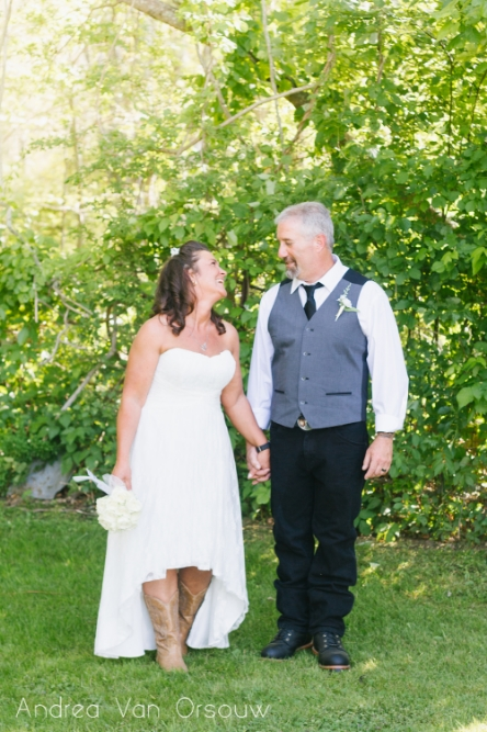 couple_laughing_wedding_day.jpg