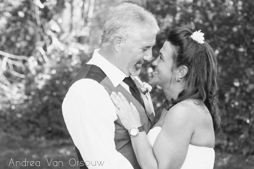 happy_smiling_wedding_portraits.jpg