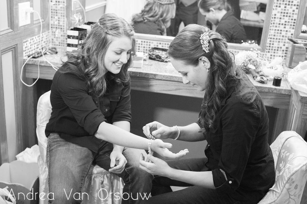brides_bracelets_jewelry.jpg