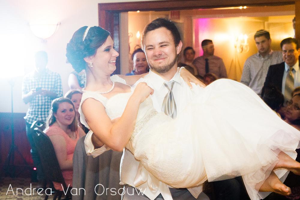 groom_carrying_bride.jpg