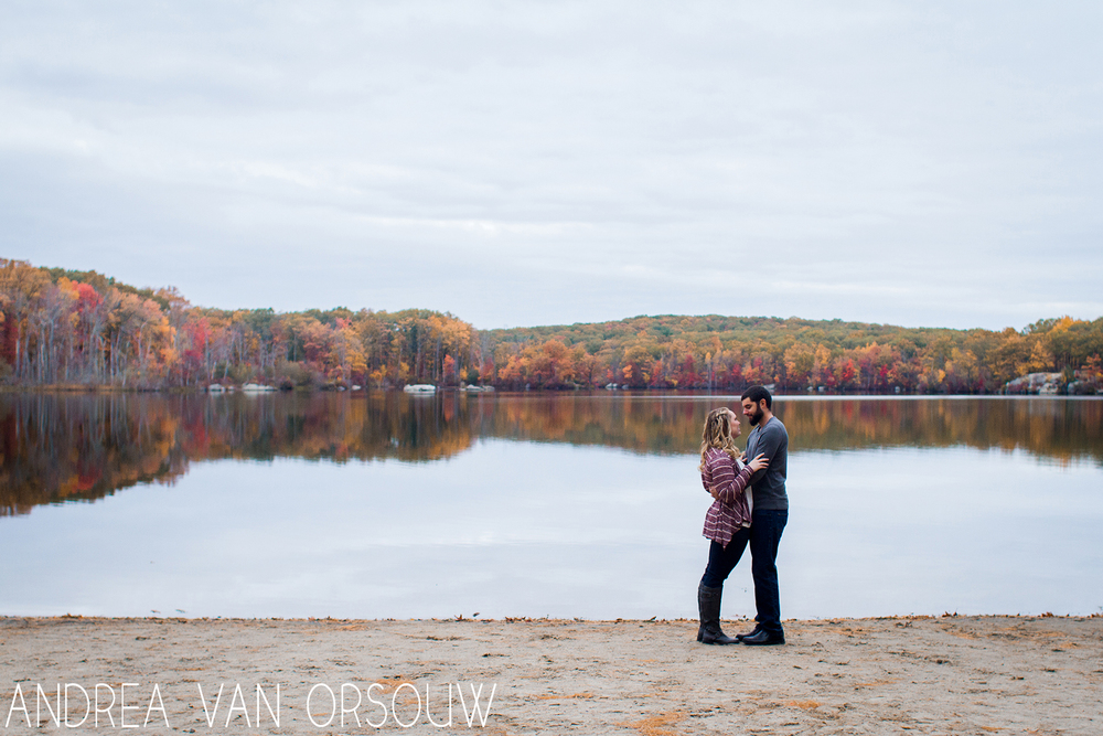 autumn_by_lake_engagement_session_ct_photographer.jpg