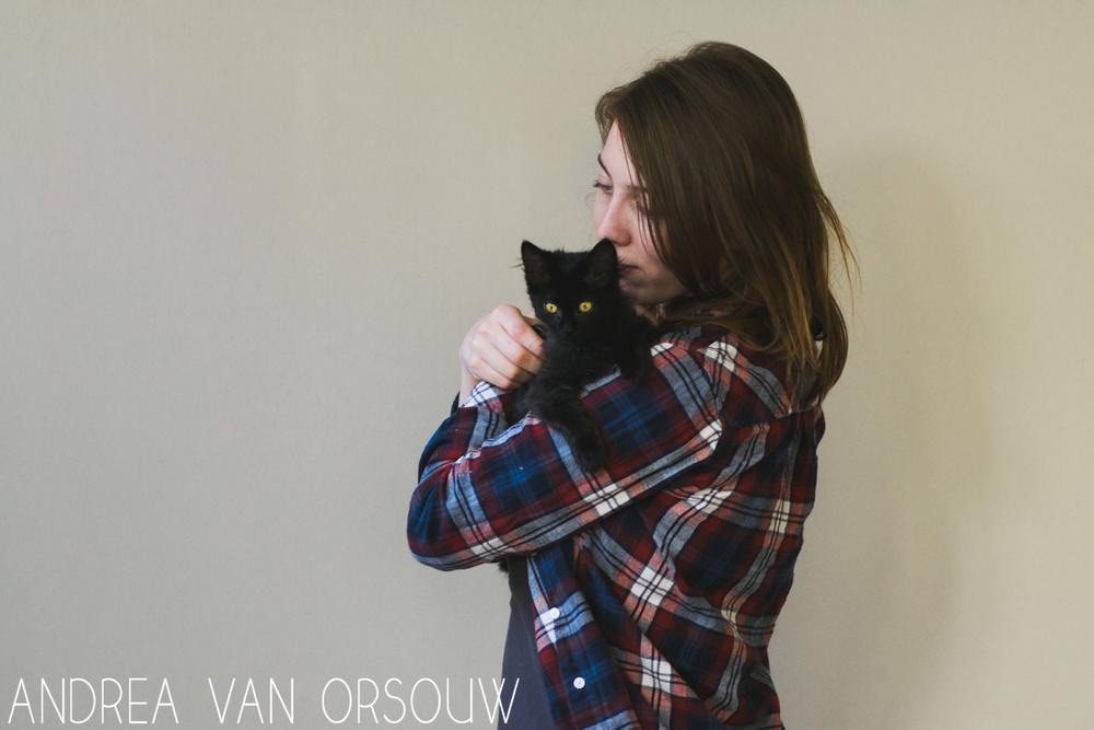 girl_and_cat.jpg
