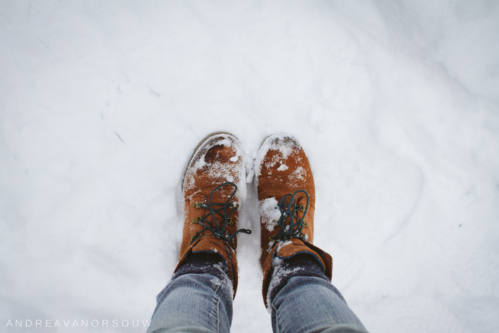 hiking_footwear_boots_snow_ct_photographer.jpg