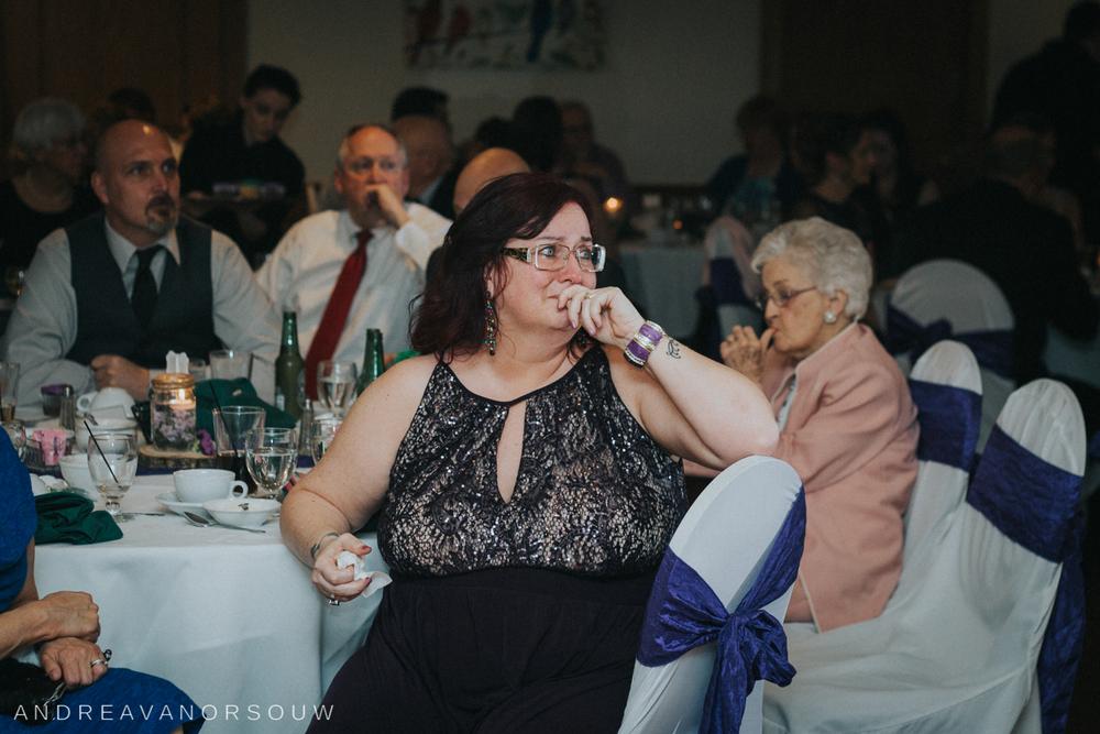 mother_reaction_Wedding.jpg
