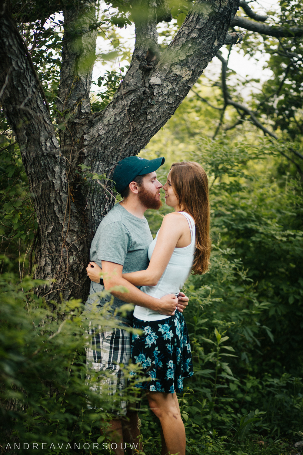 jamestown_rhode_island_Ri_engagement_session_photoshoot_wedding_outdoors_connecticut_wedding_new_england_photographer.jpg
