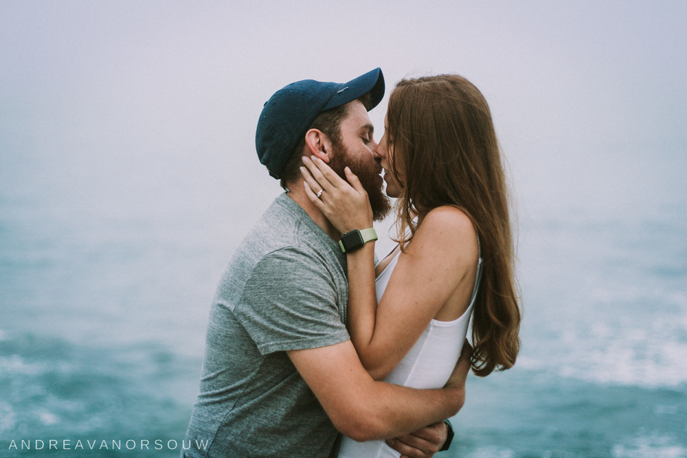 jamestown_rhode_island_Ri_engagement_session_photoshoot_wedding_outdoors_connecticut_wedding_new_england_photographer_ocean_beach_cliff.jpg.jpg