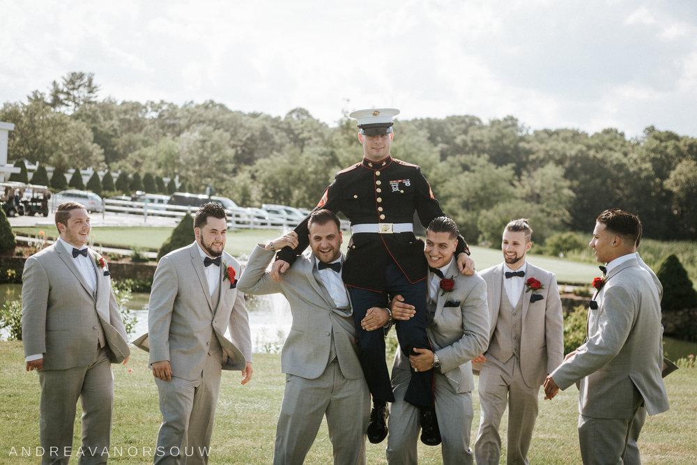 pawtucket_country_club_wedding_outdoors_rhode_island_new_england_connecticut_summer_Wedding_natural_photographer_photography_groomsmen.jpg
