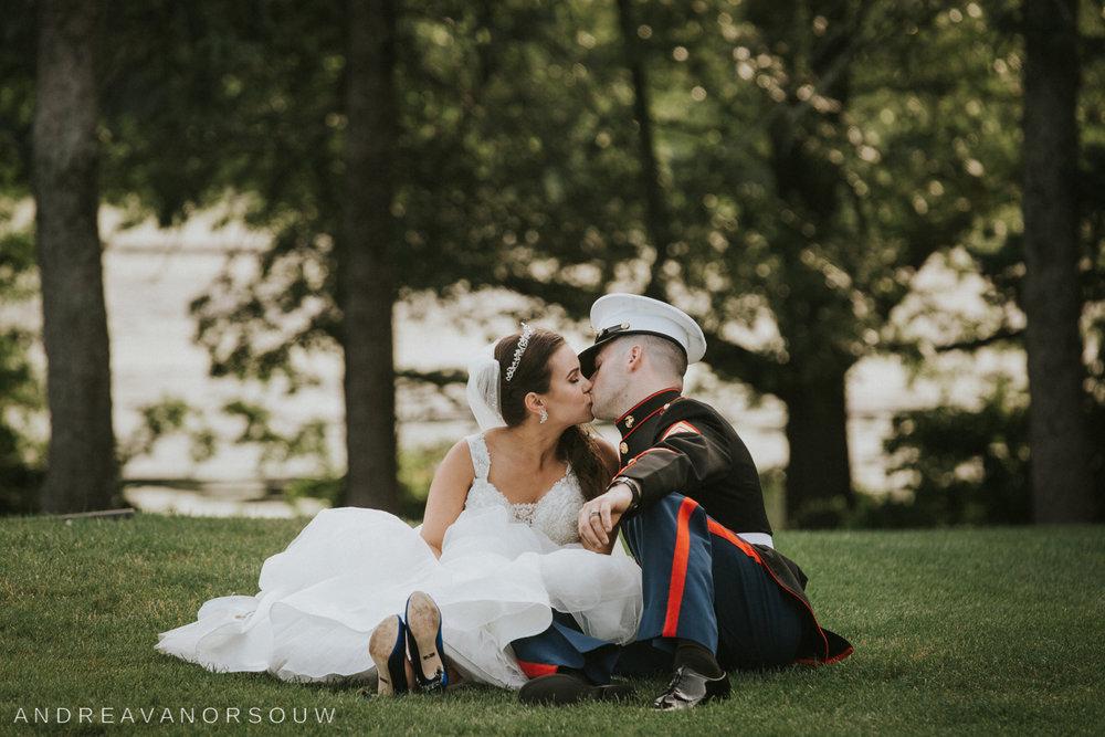 pawtucket_country_club_wedding_outdoors_rhode_island_new_england_connecticut_summer_Wedding_natural_photographer_photography.jpg
