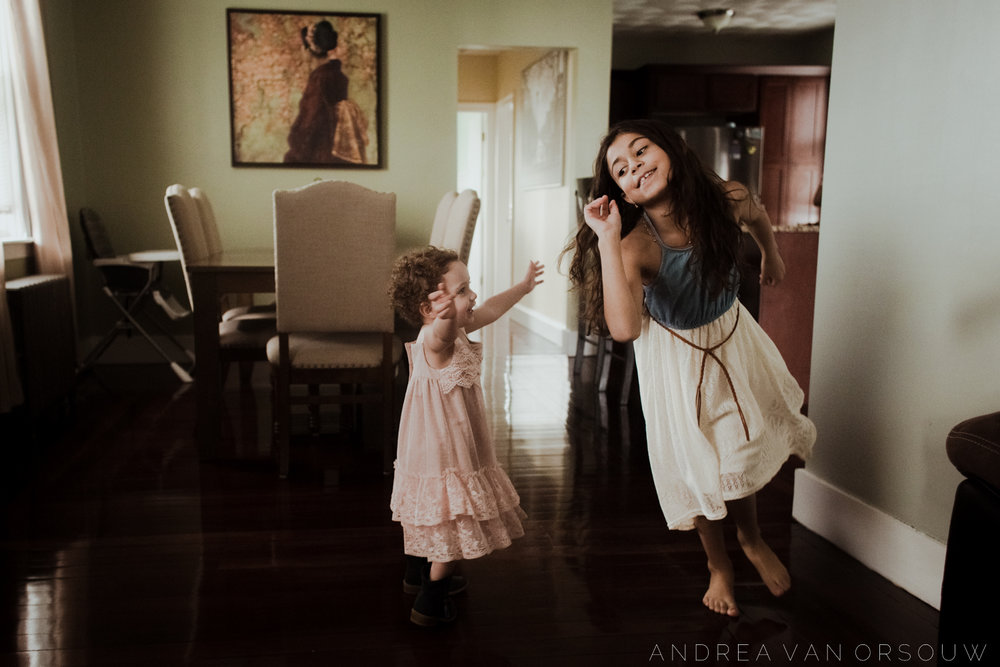 running_in-home_life_style_session_family_siblings_sisters_playful_lifestyle_session_laid_back_Wedding_photographer_new_england.jpg