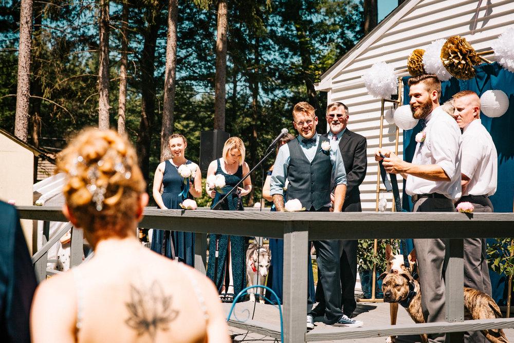 first-look-granby-connecticut-new-england-hartford-providence-wedding-photographer-backyard.jpg