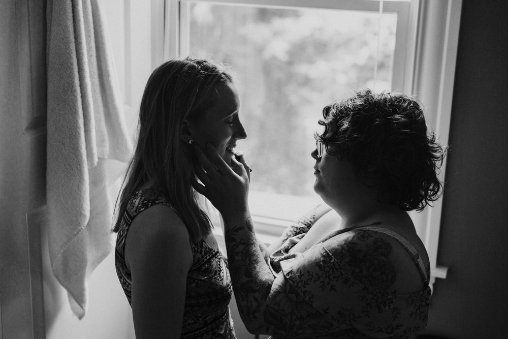 getting-ready-wedding-day-granby-connecticut-new-england-wedding-photographer.jpg