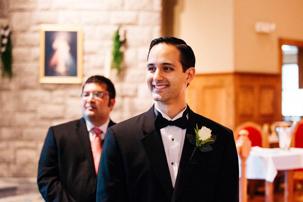 groom-first-look-couple-wedding-rhode-island-ri-ma-connecticut-massachusetts-new-england-destination-photographer.jpg