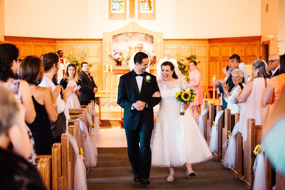 happy-wedding-ri-ma-ct-new-england-vermont-adventure-outdoors-wedding-engagement-photographer.jpg