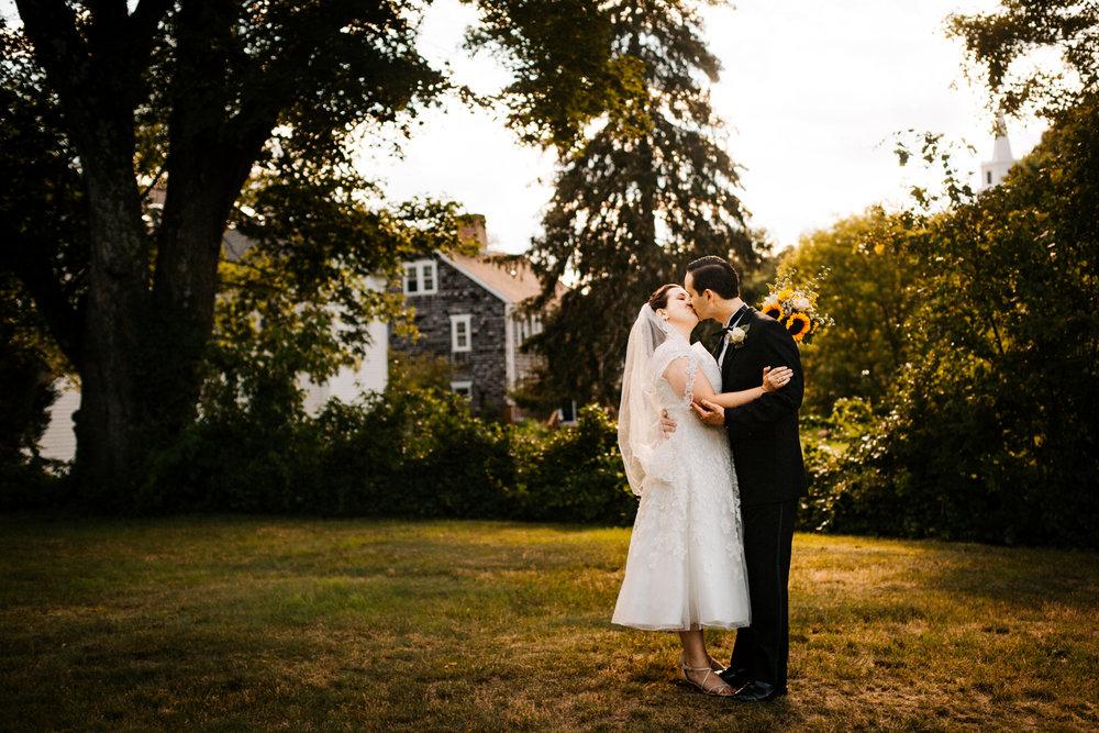 kiss-natural-documentary-new-england-rhode-island-boston-wedding-photographer.jpg