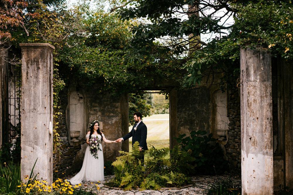 wedding-gwyn-careg-inn-pomfret-connecticut-new-england-boston-wedding-photography.jpg