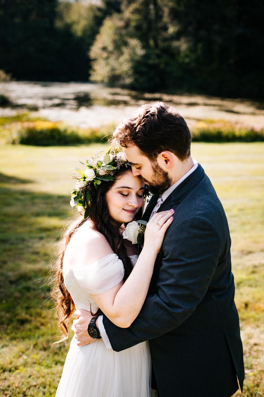 bride-groom-pomfret-center-gwyn-careg-boston-rhode-island-massachusetts-wedding-photographer.jpg