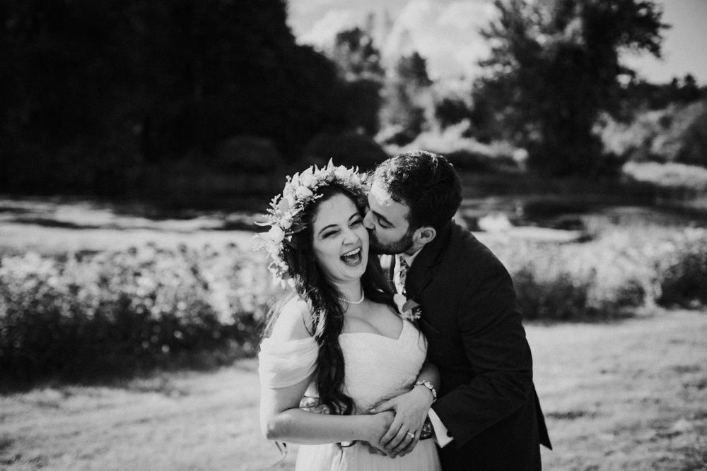 bride-groom-portraits-boston-wedding-photographer-gwyn-careg-inn-pomcret-connecticut-ma-ri.jpg