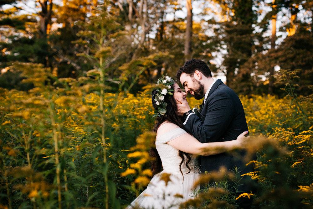 gwyn-careg-inn-wedding-connecticut-new-england-wedding-photographer.jpg