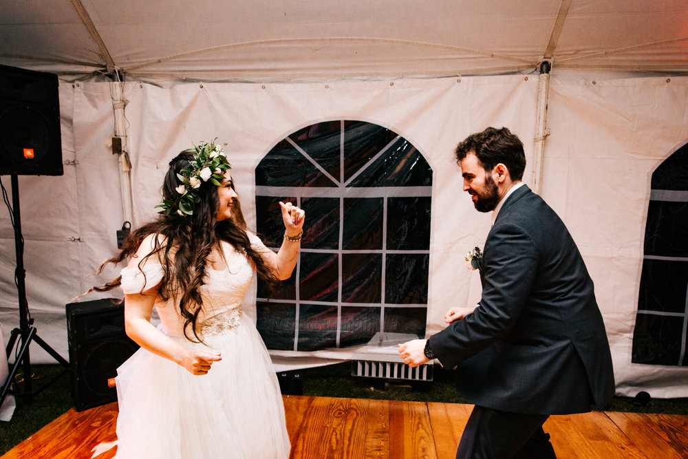 gwyn-careg-inn-wedding-new-england-connecticut.jpg