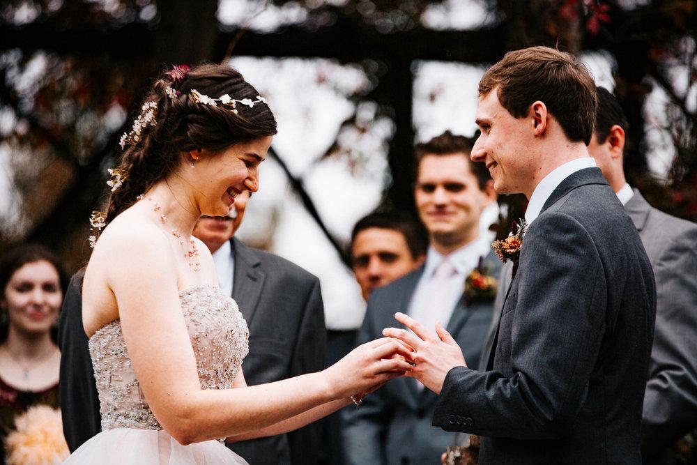 west-hartford-elizabeth-park-connecticut-rhode-island-massachusetts-new-england-rose-garden-wedding.jpg