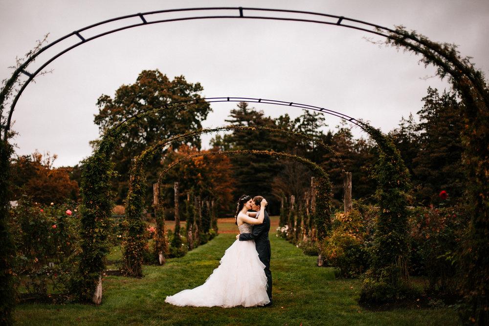 rose-garnde-wedding-elizabeth-park-connecticut-rose-wedding-boston-new-england-photographer.jpg