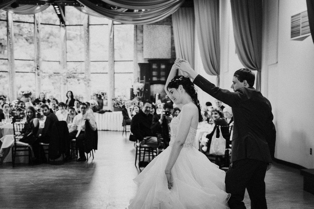 new-england-west-hartford-connecticut-elizabeth-park-boston-wedding-photographer-october-fall.jpg