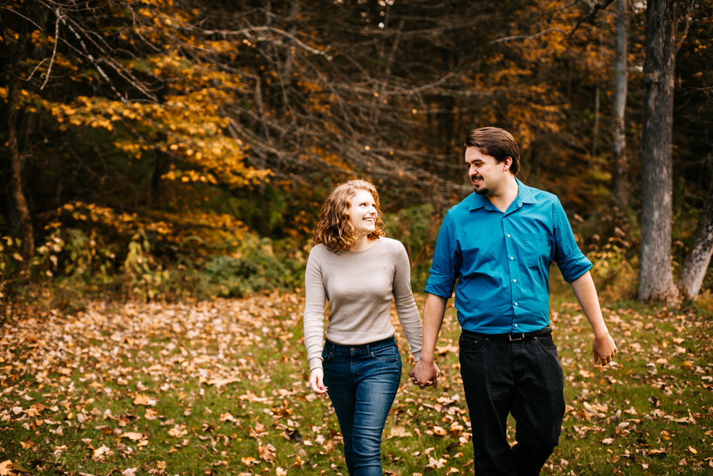 kent-falls-engagement-session-fall-october-kent-connecticut-destination-photographer-boston-weddings.jpg