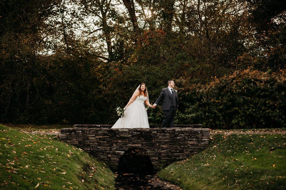 bride-groom-destination-wedding-photographer-austin-texas.jpg