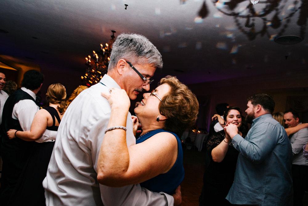 new-england-destionation-wedding-photographer-dancing-wannamoisett-country-club-rhode-island-new-england-photographer.jpg