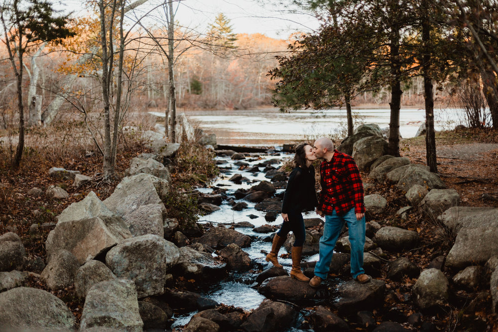 masssachusetts-borderland-state-park-engagement-boston-wedding-photographer-new-england-elopements-austin-wedding-photography.jpg