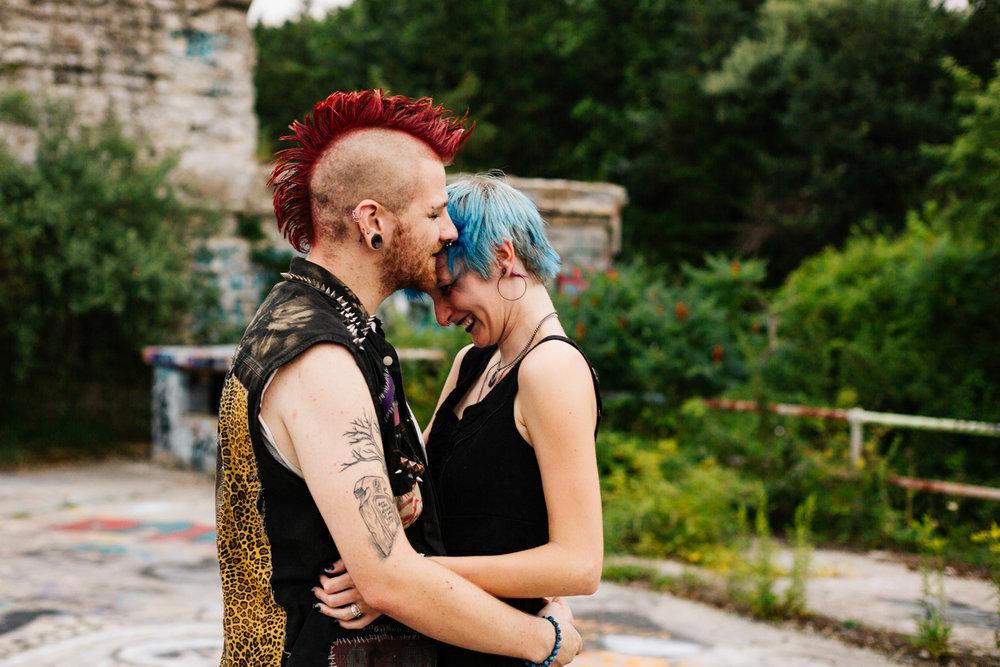 punk-engagement-session-fort-wetherill-ri-new-england-adventure-photographer.jpg