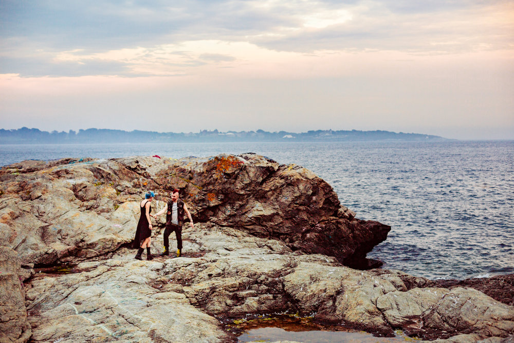 fort-wetherill-jamestown-engagement-session-rhode-island-adventure-photographer.jpg