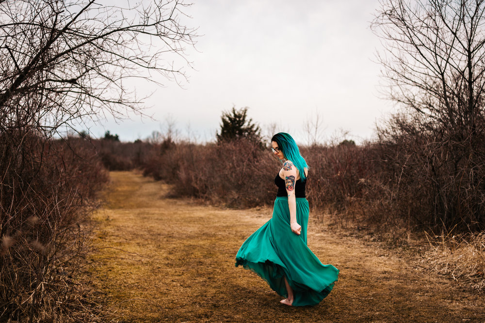ct-blue-skirt-styled-session-adventure-photographer-new-england.jpg