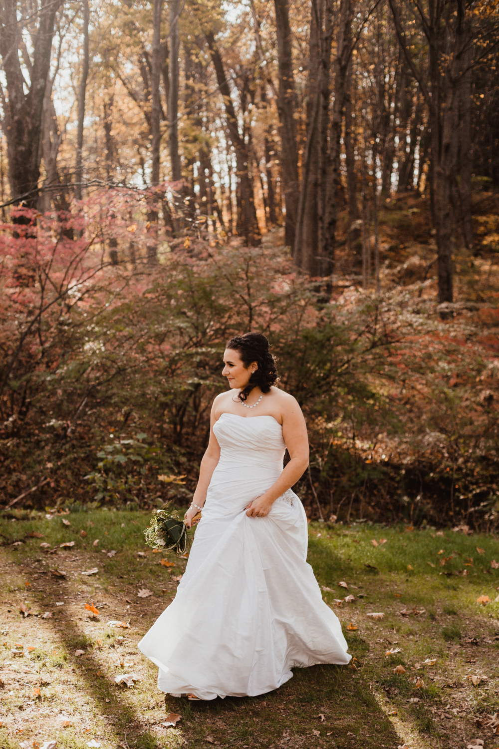 avon-old-farm-hotel-bride-connecticut-new-england-wedding-photography-atlanta-georgia.jpg