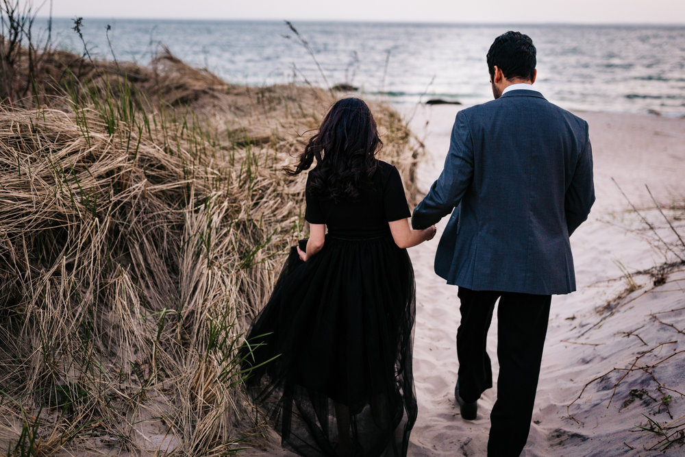 harkness-beach-engagement-photos.jpg