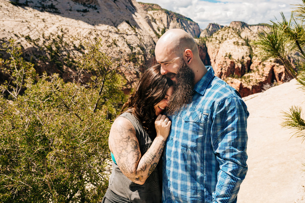proposal-at-angels-landing-zion-national-park-utah-andrea-van-orsouw-photography-adventure-photographer.jpg